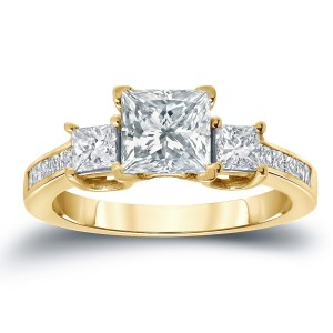 Gold 2ct TDW Certified Princess-Cut Diamond Engagement Ring - Custom Made By Yaffie™