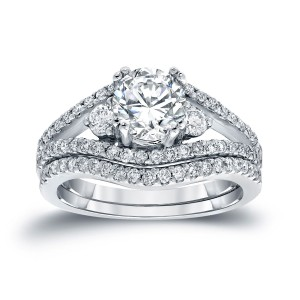 Platinum 1 1/2ct TDW Certified Round-cut Diamond Bridal Ring Set - Custom Made By Yaffie™