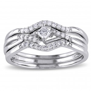 1/4ct TDW Princess and Round-Cut Diamond Crossover 3-Piece Bridal Set in White Gold - Custom Made By Yaffie™